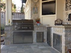 Great inspiration in this Coyote kitchen! Outdoor Kitchens with Coyote