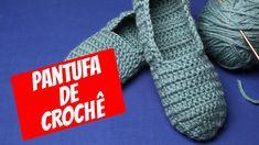 Pantufa de Crochê para Iniciantes - YouTube Crochet Home Decor, Crochet Slippers, Beautiful Patterns, Hand Crochet, Fingerless Gloves, Arm Warmers, Lana, Socks, Crafts