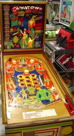 """1952 Chinatown """"Gottlieb """" Pinball Machine"""