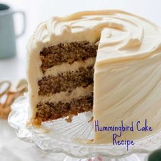 Hummingbird Cake recipe for a Southern favorite dessert served at pot luck dinners. Tips for baking this Kentucky State Fair Blue Ribbon winner. Southern Desserts, Southern Recipes, Just Desserts, Sweet Recipes, Dessert Recipes, Southern Food, Southern Comfort, Sweet Desserts, Delicious Desserts