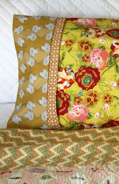 French Seamed Pillowcase Tutorial