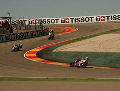 Nutrida galería de fotos del doblete de Chaz Davies (BMW) en las carreras de SBK en Motorland Aragón.