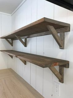 23 Super Ideas For Diy Wood Shelves Garage Pantries Wood Shelves Garage, Wood Shelf Brackets, Diy Garage Storage, Storage Ideas, Garage Organization, Shelving Ideas, Shelf Ideas, Diy Regal, Rustic Wood