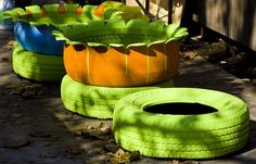Tire Planters Garden | tire flower planters another way to use tires and make a patio pretty ...