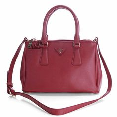 b7b6aaa504e9 Buy Fake Newest 2012 Prada Classic Saffiano Leather Medium Tote Bag Red  Sale Replica Tote bags