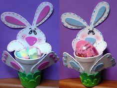 """Bonitos dulceros conejitos en goma eva. Como dice su creadora, la artesanaronycreativa, es una """"idea util para Pascua o también para cualquier evento como"""