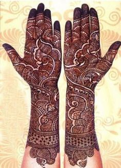 Here are the best bridal mehndi designs 2019 trends in India and Pakistan. Beautiful traditional henna designs are most popular all around the world. Henna Hand Designs, Wedding Henna Designs, Latest Bridal Mehndi Designs, Full Hand Mehndi Designs, Mehndi Designs 2018, Mehndi Design Pictures, Beautiful Henna Designs, Mehndi Images, Arabic Mehndi Designs Brides