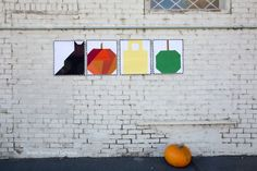 Make some Halloween Mini Quilts to hang in your home this holiday season! Or take all 4 quilt blocks and make a fantastic mini quilt! Cute Halloween, Halloween Themes, Halloween Sewing Projects, Fall Pillows, Fall Quilts, Sewing Blogs, Mini Quilts, Quilt Making, Quilt Blocks