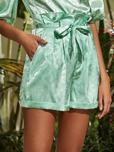 ((Affiliate Link)) Description Style:	Glamorous Color:	Green Pattern Type:	Plants, All Over Print Details:	Belted, Pleated, Pocket, Zipper, Paper Bag Waist Type:	Wide Leg Season:	Summer Composition:	95% Polyester, 5% Spandex Material:	Satin Fabric:	Non-stretch Sheer:	No Fit Type:	Regular Waist Type:	High Waist Closure Type:	Zipper Fly Belt:	Yes