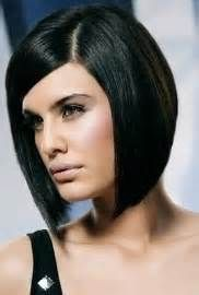 Bob cut hairstyles are meant for women who want to look young and carefree. Bob cut hairstyles make you look sophisticated as well with flair of style Side Bangs Hairstyles, Medium Bob Hairstyles, Straight Hairstyles, Bob Haircuts, Medium Hair Styles, Short Hair Styles, Bob Styles, Bob Rubio, Straight Lace Front Wigs