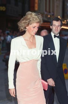 """July 27 1989 Diana attends the Bolshoi Ballet's Premiere of """"Swan Lake"""" in aid of the Royal Society for the Protection of Birds, at the London Coliseum, St. Martin's Lane, London WC2"""