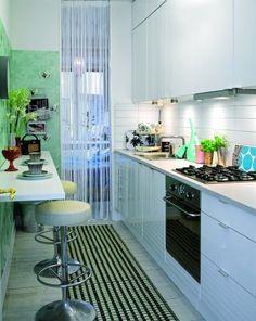 Criando Asas: Cozinha estreita e charmosa