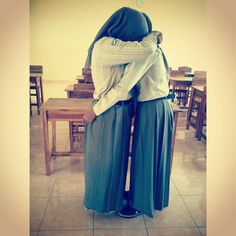 Berpelukan.... #hug #love #sad #perpisahan #lol with: amy maya indira