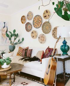 ❤ 90 Modern Bohemian Living Room Decor Ideas - Page 40 of 90 - Best Home Decor Bohemian Living Rooms, Living Room Interior, Living Room Decor, Bohemian Bedrooms, Country Bedrooms, Living Walls, Dining Room, Southwestern Decorating, Southwest Decor