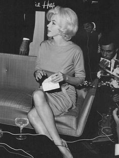 Marilyn at a press conference at the Continental Hilton Hotel in Mexico City, February 1962.