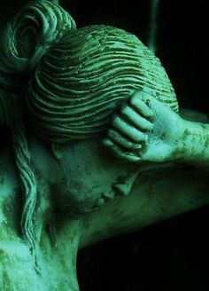 green statue - my favorite color Dark Green Aesthetic, Aesthetic Colors, Aesthetic Pictures, Foto Fantasy, Green Colors, Colours, Green Theme, Slytherin Aesthetic, World Of Color