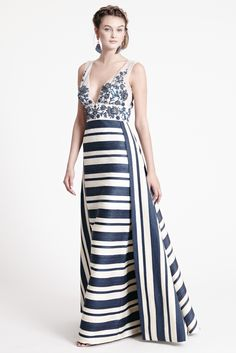 2016 White House Correspondence Dinner T.   Dennis Basso Resort 2016 - Collection - Gallery - Style.com
