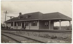 Chicago, St. Paul, Minneapolis and Omaha (Omaha Road) depot at St. Peter, Minnesota
