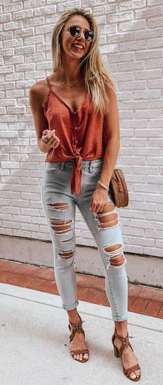 CASUAL SUMMER OUTFITS YOU ❥ summer casual outfits so that you can just forget about this ❥ heat and go through the hot ❥ summer days. Vans Outfit Summer, Casual Summer Outfits, Spring Outfits, Trendy Outfits, Women's Casual, Chic Outfits, Urban Outfitters Outfit, Mode Outfits, Fashion Outfits