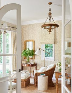 Wallpaper pattern to match the roman blind and curtain fabric (love the arched doors too) »« Pacific Palisades No. 2 - Mark D. Sikes