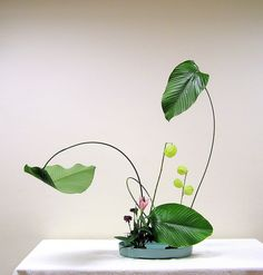 Ikebana by Grace1868, via Flickr