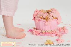Smash the cake photoshoot for baby's 1st birthday at http://www.thestudio-mickleover.co.uk