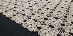 Vintage Handmade Crochet Table Runner, Beige, 47x92cm / 18.5x36.2in Large Tablecloths, Crochet Table Runner, Doily Patterns, Table Toppers, Cotton Thread, Table Centerpieces, Hand Crochet, Table Runners, Cross Stitch