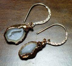 pretty grey geode earrings :)