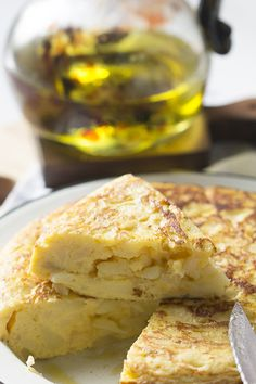 porción-tortilla-patatas-thermomix Whats For Lunch, Frittata, Tapas, Buffet, Side Dishes, Sandwiches, Brunch, Food And Drink, Tortillas