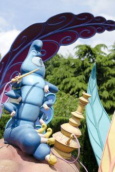 Disneyland Paris, 20 Anniversary. More on www.pursesandi.net #disney #disneyland #disneylandparis #fantasy #happy #pursesandi #minnie #paris #parigi #love #polkadots #lauracomolli #brucaliffo #aliceinwonderland #alicenelpaesedellemeraviglie #waltdisney
