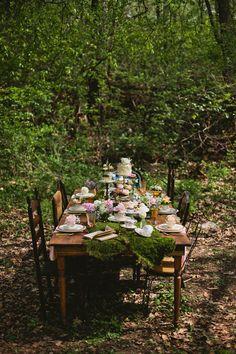 Whimsical Wonderland Shoot from Matt and Ashley Photography. Fairy Tea Parties, Garden Birthday, Alice In Wonderland Tea Party, Mad Hatter Tea, Party Centerpieces, Forest Wedding, Alternative Wedding, Bridal Shower, Baby Shower
