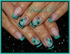 Mint French & Flowers - Nail Art Gallery