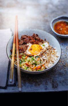 Rindfleisch Bibimbap Rezept - Gerichte Rezepte - Picard - Projets à essayer - Abendessen Rezepte Asian Recipes, Beef Recipes, Cooking Recipes, Healthy Recipes, Salmon Recipes, Ground Meat Recipes, Exotic Food, Asian Cooking, Healthy Eating Tips