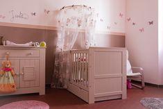 décoration chambre bébé fille rose et taupe