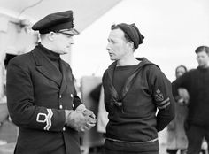 The ship's doctor, a Surgeon Lieutenant, with a Petty Officer on board the destroyer HMS Pathfinder. Navy Man, Us Navy, That Old Black Magic, Navy Uniforms, Merchant Navy, Royal Marines, Men In Uniform, Navy Ships, British Army