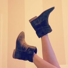 Always obsessed by Isabel Marant! ❤ #isabelmarantboots #boots #fashion #isabelmarantsneakers #isabelmarantshoes
