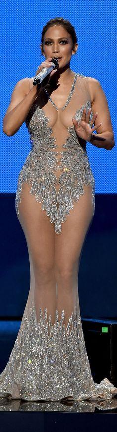 Jennifer Lopez – 2015 American Music Awards