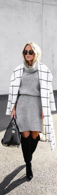 Grid print coat.