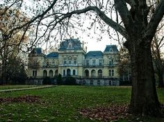 Toalmas Castle in Hungary .I'll be living there this summer! Heart Of Europe, Fancy Houses, Cathedral Church, Pack Your Bags, Cathedrals, Palaces, Vacation Destinations, Homeland, Cant Wait