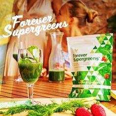 Forever Supergreens contine nutrienti – cheie si antioxidanti puternici care ajuta corpul sa-si sustina mecanismele naturale de aparare si sa fie in forma maxima. Legumele verzi cu proprietati alcalinizante, precum spanacul, varza kale si broccoli, sporesc performantele corpului prin sustinerea unui pH echilibrat, care este vital pentru multe dintre functiile organismului.  Ingredientele atent selectionate te ajuta sa mentii abilitatile naturale de aparare ale corpului.  #Trifoi4Foi 🍀 Detox Plan, Superfoods, Aloe Vera, Forever Freedom, Aloe Drink, Shake, Forever Living Business, Spirulina Powder, Forever Aloe