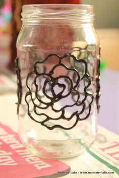 Hand Painted Glass Bottles and Jars: Different Ways to Paint