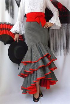 Salsa skirt bulk why red African Fashion Dresses, African Dress, Fashion Outfits, Flamenco Costume, Spanish Dress, Spanish Fashion, Ballroom Dress, Dance Wear, Vintage Dresses