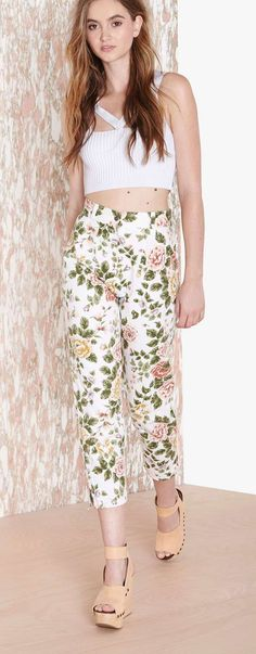 Blooming To You Pant - Nasty Gal