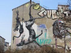 ROA (via jean-fabien) Berlin Graffiti, Berlin Wall, Berlin Street, Urban Art, Us Travel, Mount Rushmore, The Neighbourhood, Explore, Mountains