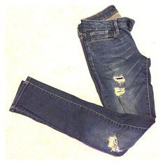 Bullhead jeans Bullhead Black mildly destroyed indigo wash denim size 1 skinniest Bullhead Jeans Skinny