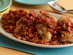 All you need are five ingredients for Sandra Lee's easy chicken dinner that gets Mexican-inspired flavors from fajita seasoning.