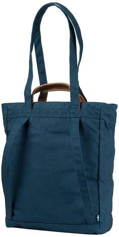 Fjällräven: Totepack No 1 Patchwork Bags, Quilted Bag, My Bags, Purses And Bags, Backpack Bags, Tote Bag, Sac Week End, Sacs Design, Diy Sac