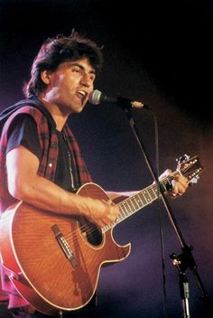 @Luciano Di Pietro Ligabue live at #Musicultura 1996