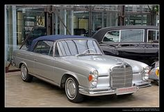 1961 Mercedes-Benz W111 (220 SE) Cabrio (07) | Flickr - Photo Sharing!