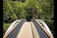 Knight completes Brunel-inspired bridge over Thames | News | Building Design Ramp Design, Building Design, Thames Path, Isambard Kingdom Brunel, Berkeley Homes, Construction News, Brick Arch, Liverpool Street, Public Realm
